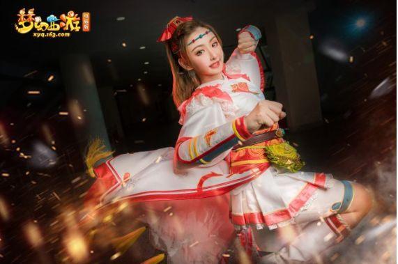 《梦幻西游》真人cosplay定妆照爆出,唯独狐美人最令人窒息!
